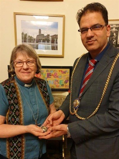 Barbara Glasson with Mayor of
